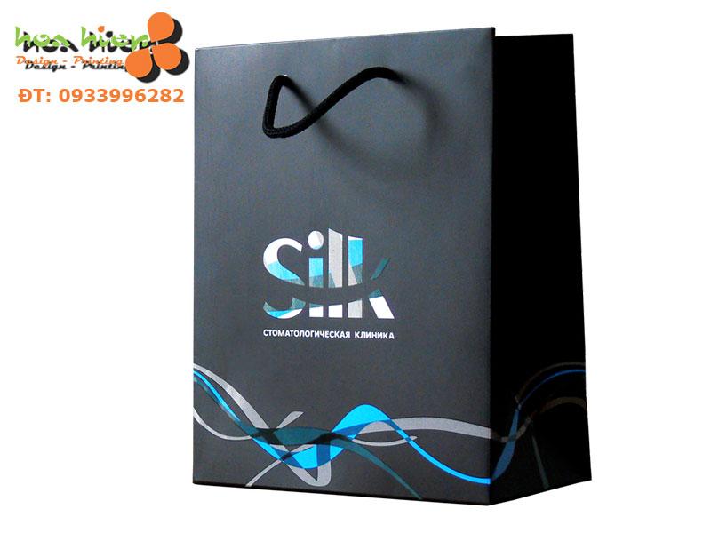 Túi giấy đựng mỹ phẩm chất lượng cao